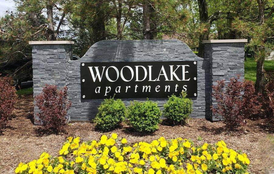 Woodlake-mon.-doct