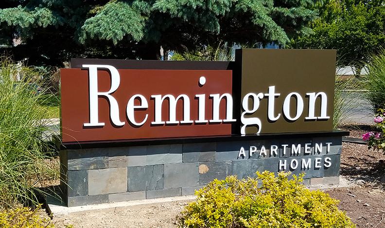 Remington-monument-11-